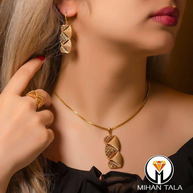 طلافروشی ارزانترین قیمت خرید طلا دستبند سرویس.. 2